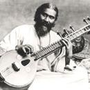 Medium inayat khan with vina